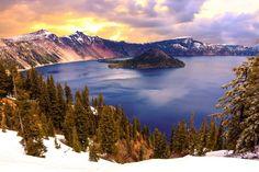 Lago del Cráter, Parque Nacional del Lago del Cráter, Oregon, Estados Unidos.