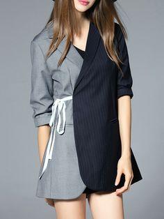 Blazer con solapa color en contraste - gris y azul marino -Spanish…
