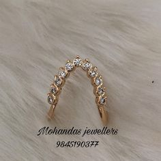 Gold Jewelry Simple, Gold Rings Jewelry, Jewelry Design Earrings, Gold Earrings Designs, Simple Necklace, Gold Ring Designs, Gold Bangles Design, Gold Jewellery Design, Vanki Designs Jewellery
