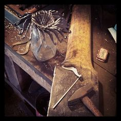 Bookmarks Forged Steel, Blacksmithing, Bookmarks, Outdoors, Instagram Posts, Blacksmith Shop, Marque Page, Outdoor Rooms, Blacksmith Forge
