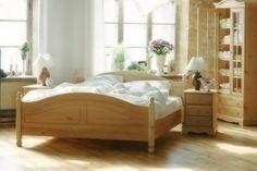 Kolekcja Romantik - meble sosnowe. Producent Made of Wood Group.