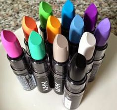 Polished Ways: Lipstick Trends Gone Bad NYX Macaroon Lipstick. Nyx Makeup, Makeup Geek, Makeup Addict, Makeup Brushes, Beauty Makeup, Make Up Kits, Lipstick Collection, Makeup Collection, Cute Makeup