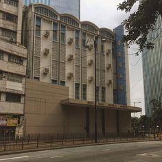 More morbid building love. #funeralhome #funhome #hongkong #concrete #architecture