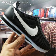 new concept f8b64 1631f 2018 Trendy Nike Classic Cortez Men Kicks For Sale Mesh Black White