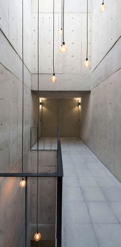 Image 15 of 29 from gallery of Bulgaria 533 / Dellekamp Arquitectos. Photograph by Dellekamp Arquitectos Colour Architecture, Concrete Architecture, Landscape Architecture, Interior Architecture, Minecraft Architecture, Architecture Images, Concrete Building, Building Architecture, Contemporary Interior