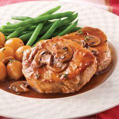 Côtelettes de Porc, Sauce aux Champignons Pork Recipes, Chicken Recipes, Healthy Recipes, Cooking 101, Cooking Recipes, My Best Recipe, Mushroom Recipes, Mushroom Sauce, Pork Chops