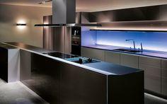 Une dernière #cuisine pour aujourd'hui. Encore du Siematic mais plutôt futuriste cette cuisine #design!
