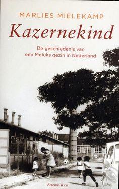 Het levensverhaal van een Molukse vrouw (1924-    ) die in 1951 met haar gezin naar Nederland werd overgebracht.