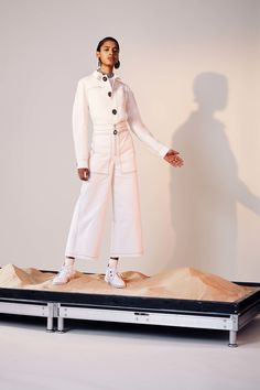 http://www.vogue.com/fashion-shows/pre-fall-2017/edun/slideshow/collection