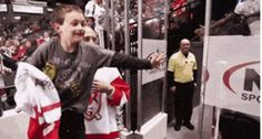 Jordin Tootoo making a kid's day