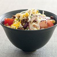 Southwestern Chili-Mac Salad | http://www.rachaelraymag.com/recipes/rachael-ray-magazine-recipe-search/healthy-good-for-you-recipes/southwestern-chili-mac-salad#