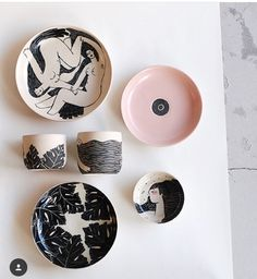 Our collab pieces with illustrations by Have to pack some today and deliver them to the new owners. Would be nice to have them around a little bit longer. Ceramic Clay, Ceramic Painting, Ceramic Pottery, Keramik Design, Pottery Designs, Handmade Pottery, Diy And Crafts, Illustration, Artsy