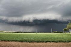 08.04.2014 - Heftige Gewitterzelle (Starkregen, Hagel + Mesoverdacht) @ Dürnkrut (NÖ)