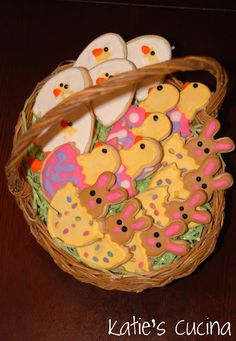 Decorating with Royal Icing, Easter Sugar Cookies {Part 2} | Katie's Cucina