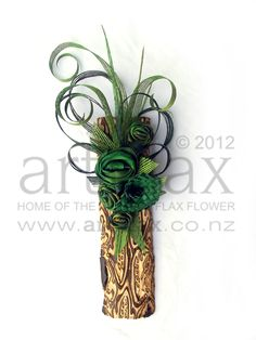 Flax & Fernwood wall hanging made from NZ ponga and green flax flowers <3