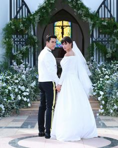 Thai Drama, Sweet Couple, Mr Mrs, The Crown, Superstar, Boyfriend, Wedding Photography, Actresses, Actors