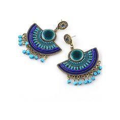 Blue Bead Tassel Earrings (20 BRL) ❤ liked on Polyvore featuring jewelry, earrings, blue jewelry, beaded earrings, beaded jewelry, beading jewelry and earrings jewelry