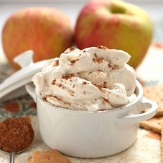 A simple and delicious caramel apple dip that everyone will love this fall. Get in the spirit this season and whip up this whipped caramel apple dip. This dip is seriously great for all occasions! Dessert Dips, Köstliche Desserts, Delicious Desserts, Dessert Recipes, Yummy Food, Apple Desserts, Health Desserts, Apple Recipes, Fall Recipes