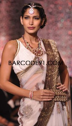 http://www.barcode91.com/  model showcasing the jewellery on the grand final of IIWj 2013