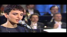 Arisa in Halleluja di Leonard Cohen. Live con Orchestra