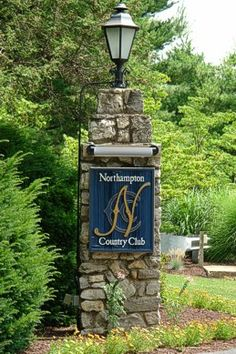 If you love golf and good food, http://bestsitereview.com/ron-legrands-600-real-estate-course-for-1-yes-1/