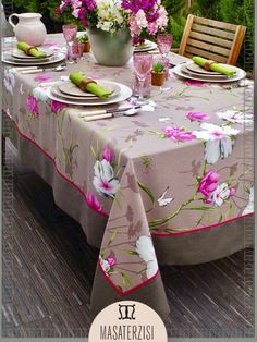 Linen Tablecloth, Table Linens, Tablecloths, Dining Table Cloth, Bed Cover Design, Vintage House Plans, Burlap Table Runners, Diy Candles, Table Covers