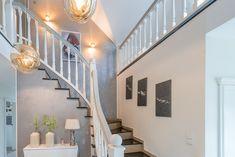 Privathaus - Renovierungsarbeiten           Sichtbeton - und Metallischeoptik, Stairs, Home Decor, Painting Contractors, Projects, House, Stairway, Decoration Home, Room Decor, Staircases