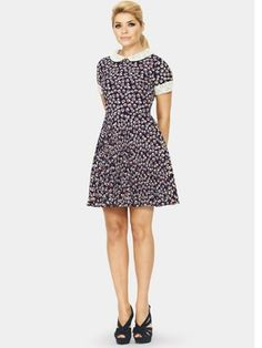 Holly Willoughby Lace Collar Printed Tea Dress, http://www.very.co.uk/holly-willoughby-lace-collar-printed-tea-dress/1180657175.prd