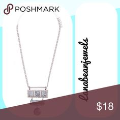 Geometric silver necklace Brand new silver and white necklace with a gorgeous stone design Jewelry Necklaces