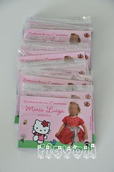 Foto-lembrança com imã – Hello Kitty  :: flavoli.net - Papelaria Personalizada :: Contato: (21) 98-836-0113 - Também no WhatsApp! vendas@flavoli.net