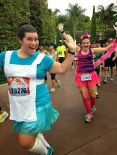Alice in Wonderland and Cheshire Cat Running Costumes via Travel Girl On The Run