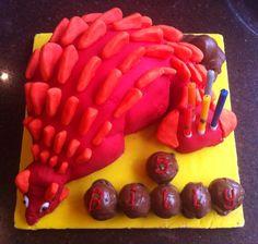 Ankylosaur cake