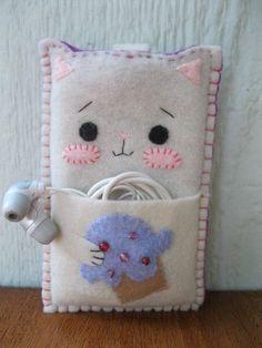 kitty ipod sleeve