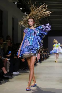 Viktor&Rolf Haute Couture Spring/Summer 2015 collection using Vlisco fabric