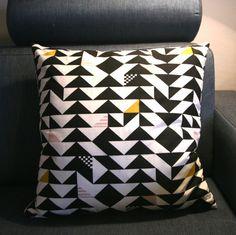 Putetrekk, til salgs på Linnerla, Epla Throw Pillows, Toss Pillows, Cushions, Decorative Pillows, Decor Pillows, Scatter Cushions