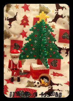 Christmas tree hama beads by Llámame freaky