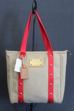 752a22c6eafb Collectable Discontinued Louis Vuitton Cabas MM Antigua Tote