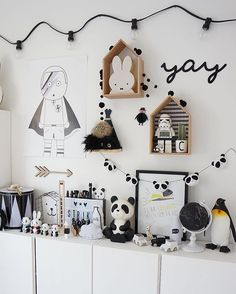 Happy Friyay lovelies! A bit of monochrome inspo on the blog including a new gorgeous print from @thefashionroom.se ✔️ Just got home after a lovely evening with some wonderful people I've met through Instagram. Thank you @malinsroom @inspirationforpojkar @kanelkringlan #carlsroom Boys Life, Boy Rooms, Kids Rooms, Home Interior Design, Playroom, Monochrome, Photo Wall, Nursery, Children