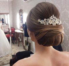 Penteado de noiva coque baixo …