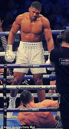 Look of greatness: Joshua (left) was the spitting image of Muhammad Ali as he stood over Klitschko, his pose identical to that of Ali in his 1965 defeat of Sonny Liston Anthony Joshua Training, Anthony Joshua Fight, Fight Night Boxing, Antony Joshua, Sport Boxing, Boxing History, Champions Of The World, Spitting Image, Boxing Champions