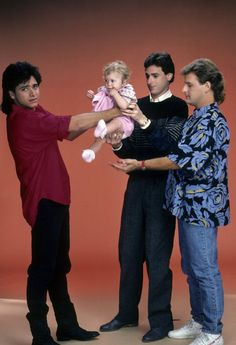Still of Ashley Olsen, John Stamos, Dave Coulier and Bob Saget in Full House-this pic is great! look at Jesse's face!