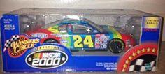 2000 Jeff Gordon NASCAR Winners Circle Dupont 1:24 Scale Car