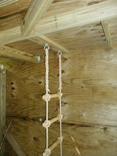 Rope ladder ceiling fixture