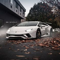 The Lamborghini Huracan was debuted at the 2014 Geneva Motor Show and went into production in the same year. The car Lamborghini's replacement to the Gallardo. The Huracan is available as a coupe and a spyder. Luxury Sports Cars, Top Luxury Cars, Cool Sports Cars, Super Sport Cars, Cool Cars, Lamborghini Huracan, Maserati, Bugatti, Koenigsegg