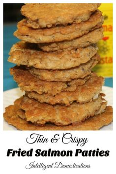 Thin and Crisp Fried Salmon Patties fried in shallow oil for a crispy yummy meal. Thin and crispy homemade fried salmon patties. Best Salmon Patties, Fried Salmon Patties, Salmon Croquettes, Salmon Patties Recipe, Fish Patties, Baked Salmon Recipes, Pork Chop Recipes, Fish Recipes, Seafood Recipes