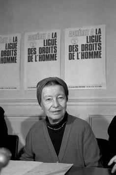 by Martine Franck. (Simone de Beauvoir, Paris, 1979.)