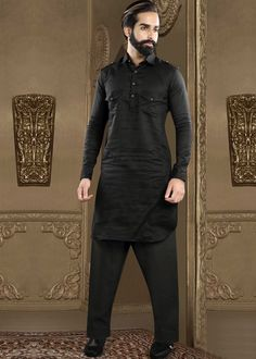 Shop Pathani Suit for Men from Panash India at best price. We offer a wide range of mens Pathani suit with jacket online with easy shipping, secure payment. Punjabi Kurta Pajama Men, Kurta Men, Gents Kurta Design, Boys Kurta Design, Indian Groom Wear, Indian Wear, Indian Men Fashion, Men's Fashion, Suit With Jacket