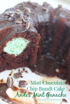 Mint Chocolate Chip Bundt Cake with Andes Mint Ganache The taste of mint and chocolate is hard to beat {well maybe peanut butter and chocolate – both are classics}. This Mint Chocolate Chip Bundt Cake is filled with rich chocolate flavor … Chocolate Ganache Cake, Mint Chocolate Chips, Chocolate Flavors, Andes Mint Chocolate Cake Recipe, Andes Mint Cupcakes, Andes Mint Cookies, Chocolate Cups, Mint Desserts, Delicious Desserts