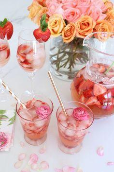 Peach Strawberry Rosé Sangria Recipe + Non Alcoholic Lemonade!