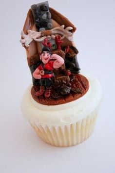 Who wouldn't want a Gaston cupcake?